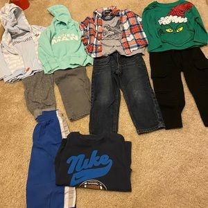 Boys 3t clothing lot includes 12 pieces